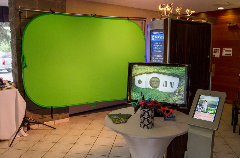 Green-screen with Live-view and Social Media Station