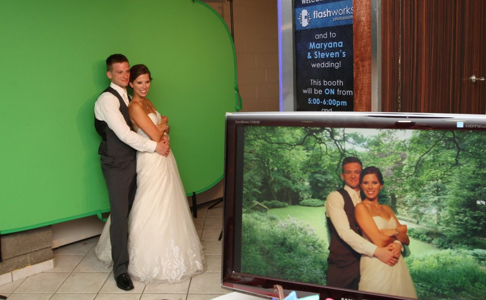 Green-screen at Maryana & Steve's Wedding with Live-view