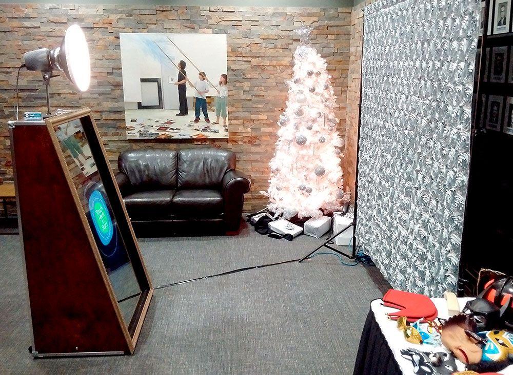 JohnsonInc_Christmas1_web