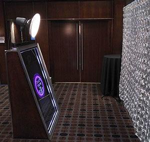 Mirror Booth - Silver Rosette Matrix Hotel